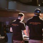 Blick hinter den Kulissen über die Schultern der Entwickler Dat Tran und Christoph Messing