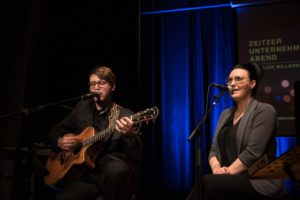 Max Schwanethal und Begleitung sorgen für musikalische Unterhaltung
